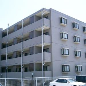 新規内装リノベーション 安心のアフターサービス保証付 最上階 角部屋物件です(外観)