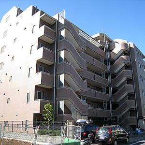新規内装リフォーム 安心のアフターサービス保証付き 4畳のサービスルーム有 東京上野ライン停車 尾久駅まで徒歩4分以内 通勤通学に便利 オートロック付きセキュリティー安心 ペット飼育可能物件です(外観)