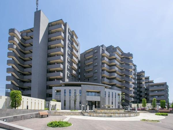 総戸数131戸のビックコミュニティ 管理体制良好 新規内装リノベーション アフターサービス保証付(外観)